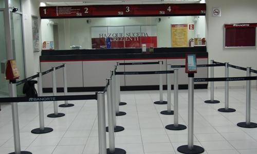 Qu sucursales abren en s bado sucursales bancarias for Horario de oficinas santander